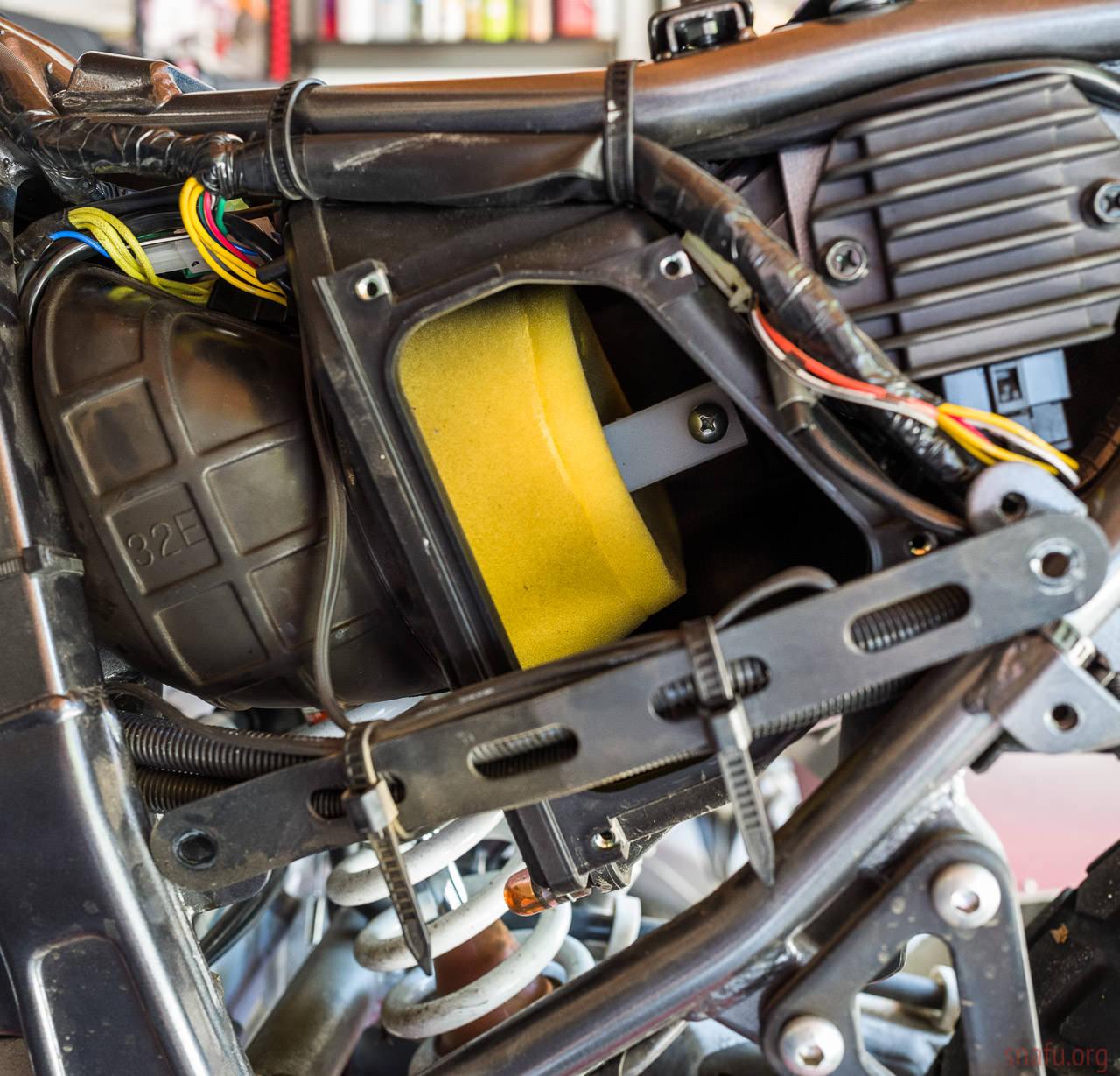 Draining The Suzuki Dfa Carburators