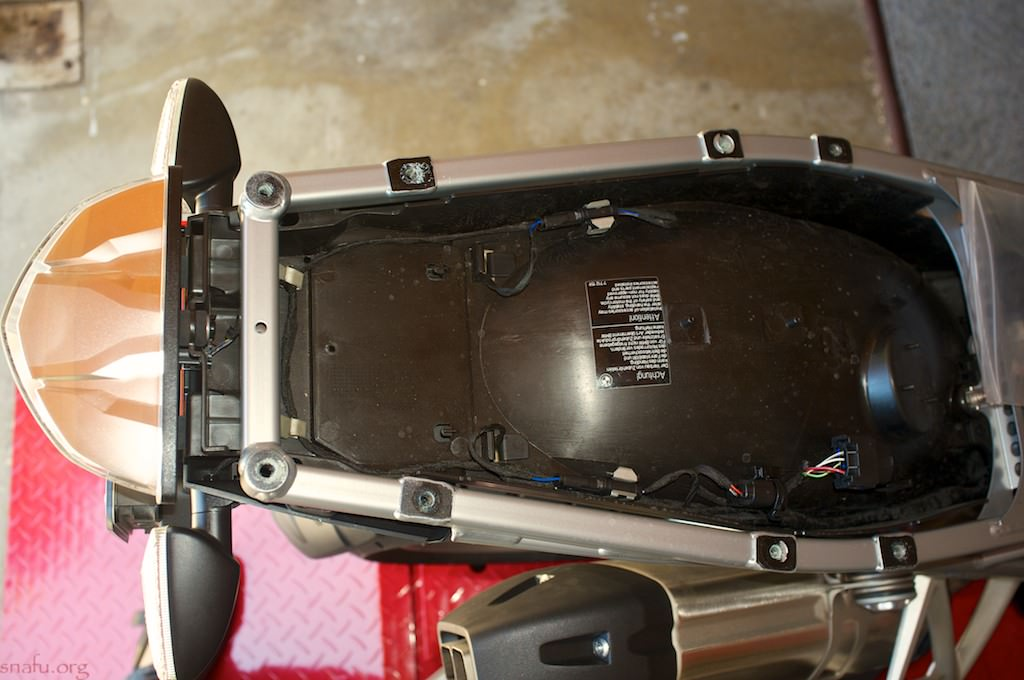 Wiring Lights Into The Gs Canbus System Bmw R1200gs Forum R1200
